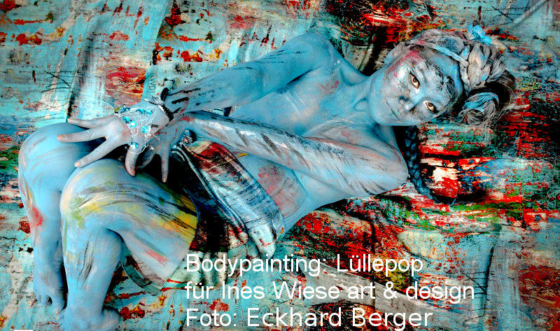 Bodypainting und Vernissage in Hamburg
